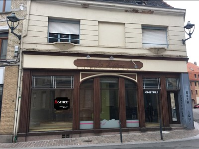 LOCAL COMMERCIAL A VENDRE - ST OMER - 104 m2 - 136 500 €