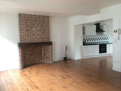 Local Commercial + Appartement A VENDRE - LILLERS - 138 m2 - 144900 €