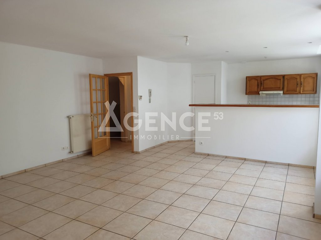 APPARTEMENT T4 A VENDRE - ST OMER - 107 m2 - 152250 €