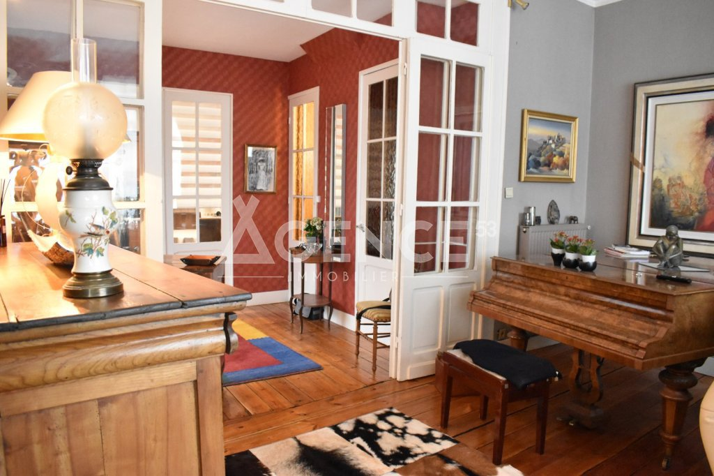 APPARTEMENT T5 A VENDRE - ST OMER - 162 m2 - 217360 €